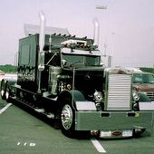 1966 Peterbilt 351 Needlenose