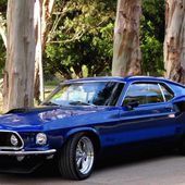 Electric blue 1969 Ford Mustang Mach 1