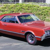 1966 OLDSMOBILE 442 2 DOOR HARDTOP