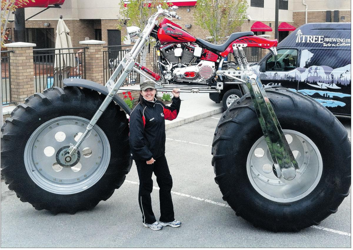 Motorcycle Rear Tire >> Monster Motorcycle