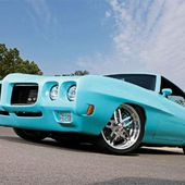 Tiffany Blue 1970 Pontiac GTO