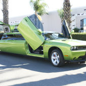 Dodge Challenger Stretch Limo