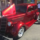 Larry Soto's 1935 Ford Slant